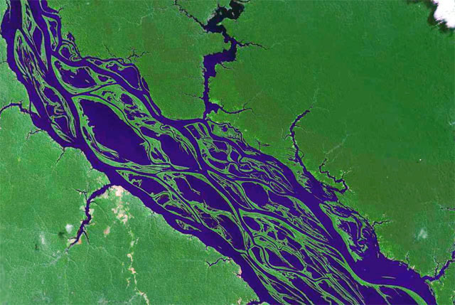 Jacek Palkiewicz's discovery of the Amazon River source 14