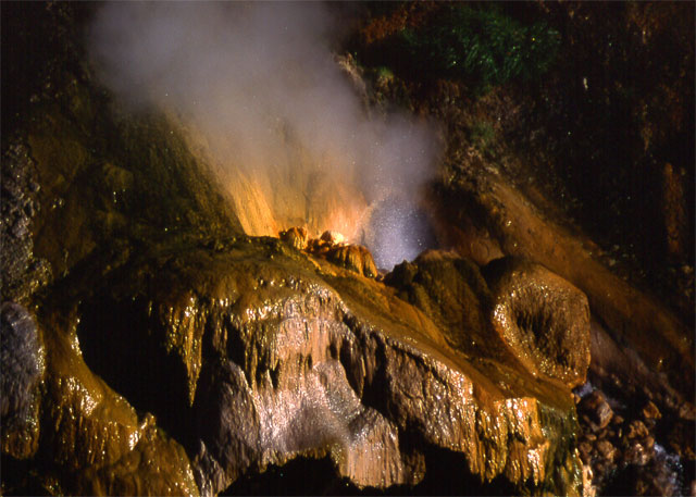 Kamchatka, the valley of geysers 3