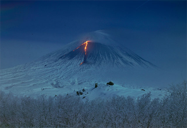 Kamchatka, the valley of geysers 4