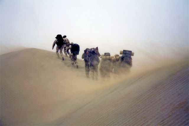 Jacek Palkiewicz's expedition through Taklamakan desert 1