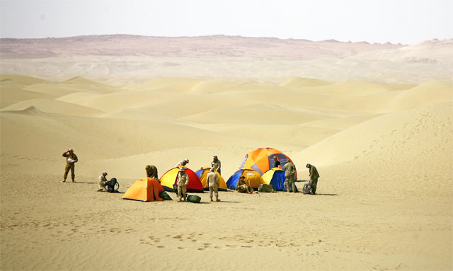 Jacek Palkiewicz's expedition through Taklamakan desert Taklamakan 10