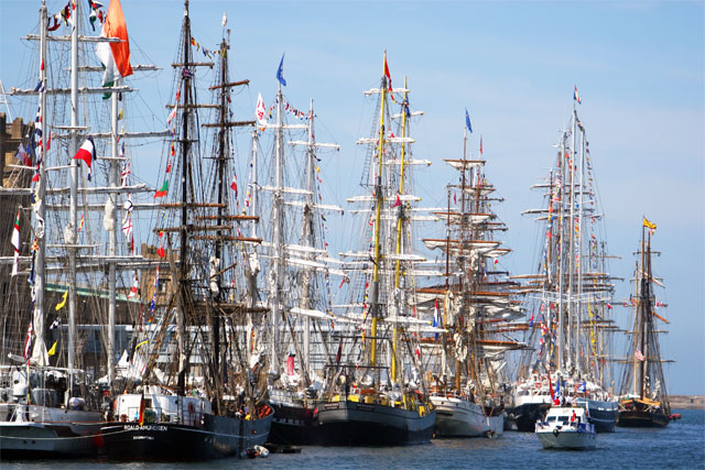 Jacek Palkiewicz and the tall ships 7