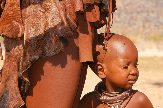 Photos from Jacek Palkiewicz's journey to Africa and the Himba tribe 13