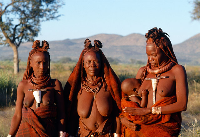 Photos from Jacek Palkiewicz's journey to Africa and the Himba tribe 3