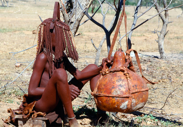 Photos from Jacek Palkiewicz's journey to Africa and the Himba tribe 8
